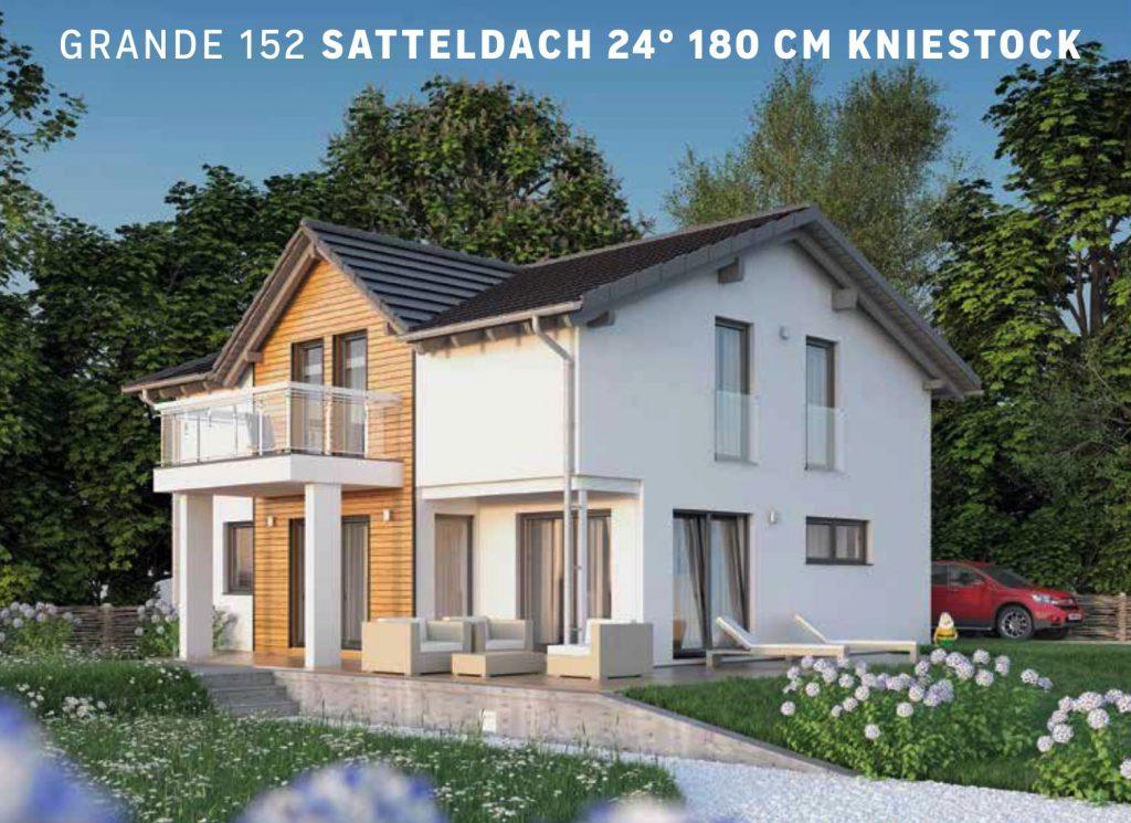 Grande 152 mit Satteldach 24°, Satteldachgaube und Balkon. Kniestock 180cm bringt Raum im OG. Anbieter: Haas Fertigbau, Beratung Christian Dickmann